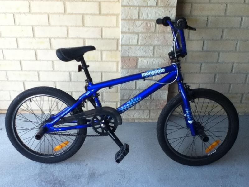 Mongoose bikes blue