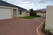 Lovely home unit situated in quiet street - 5 mins to Bunbury CBD