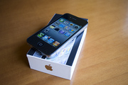 New Apple Iphone 4 32GB/16GB Unlocked and Apple Ipad 3G WIFI